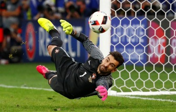 Football Soccer - Poland v Portugal - EURO 2016 - Quarter Final - Stade Velodrome, Marseille, France - 30/6/16Portugal's Rui Patricio saves from Poland's Jakub Blaszczykowski during the penalty shootoutREUTERS/Michael DalderLivepic TPX IMAGES OF THE DAY