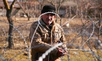 """""""Adormeci na Geórgia e acordei na Ossétia do Sul"""". A fronteira avança durante a noite sobre território georgiano. Dato Vanishvili """"já não consegue visitar as suas filhas"""""""